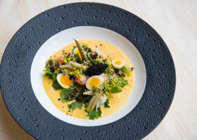 ຍຳສະລັດຫລວງພະບາງ  ໃສ່ຜັກນໍ້າ ໄຂ່ນົກກະທາ ສົ້ມໄຂ່ປາ ແລະສາຫຼ່າຍກອບ  Luang Prabang salad with Asian watercress, salted quails egg, cured fish eggs and crispy kelp